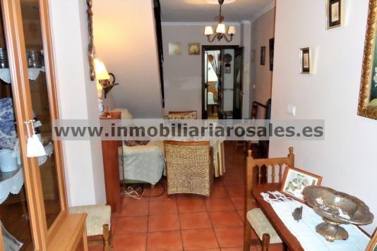 Casa en Zuheros, con excelentes vistas, OBRA NUEVA.
