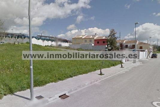 Solar de 95 m2 en Pedro Muñoz