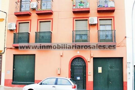 Local de 130 m2 en Avd. de Castro.
