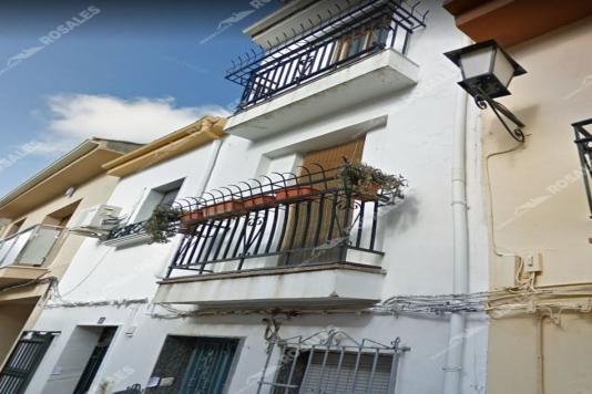 Casa en calle Baja de Alcaudete (Jaén)