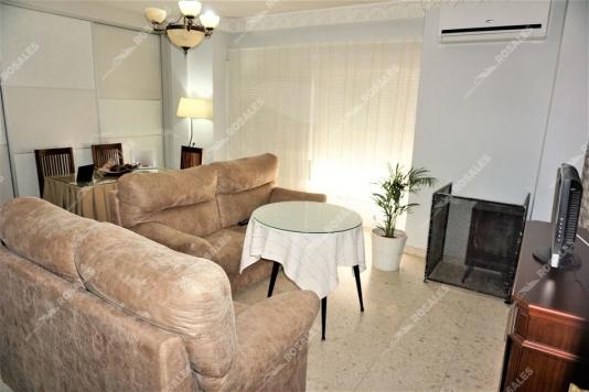 REBAJADO. Excelente piso reformado y con muy buena situación.